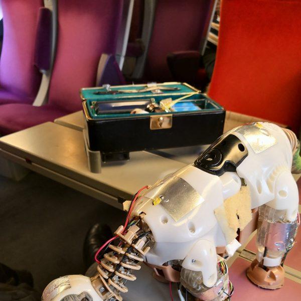 Open Source Body  – on arrive par TGV